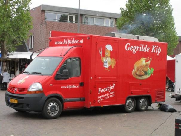 2009 Renault Master food truck