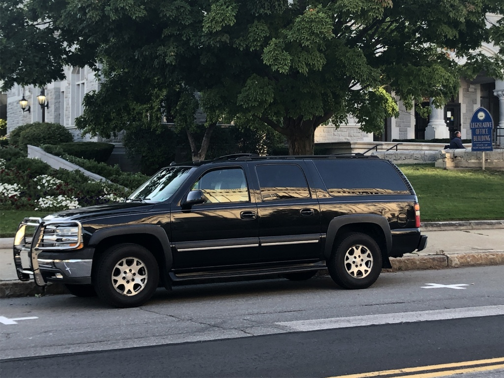 coal 2003 chevrolet suburban lt the truck in a tux curbside classic coal 2003 chevrolet suburban lt the