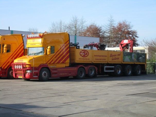 Scania V8 conventional 6x2 tractor