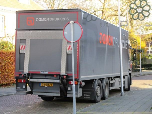Scania P280 6x2 box truck - 2