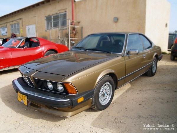 Brown BMW E24 633 CSI