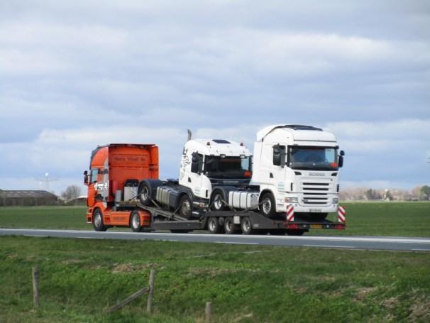 2008 Scania R500 and 2008 Estepe