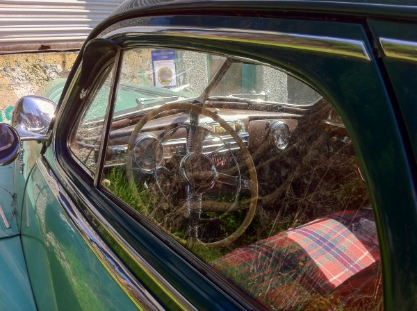 1948 Pontiac, Window