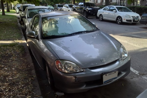 2001 Honda Insight. Edgewater, Chicago, Illinois. Thursday, August 19, 2021.