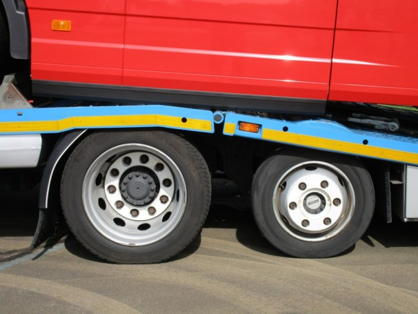 2017 Volvo FH - drive and pusher axle
