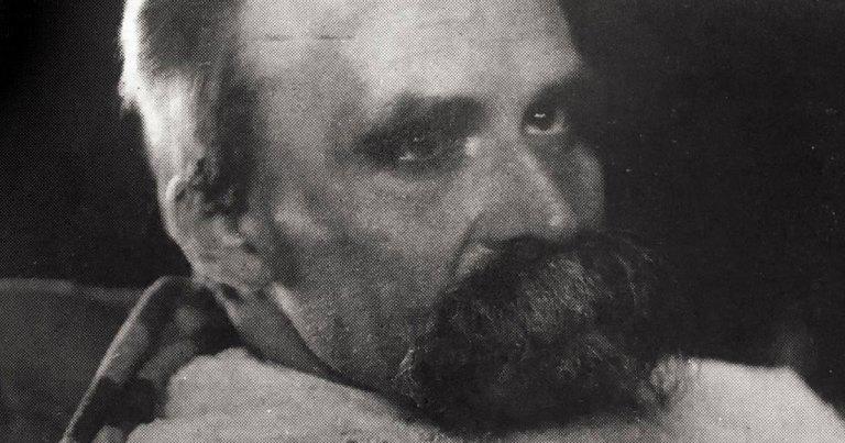 Nietzsche interné en asile d'aliénés car il se prenait pour la réincarnation du Christ