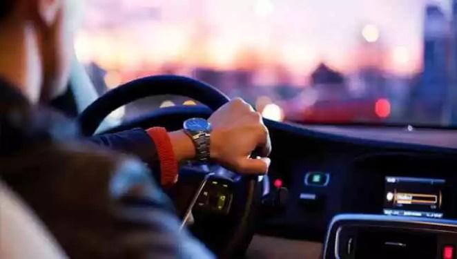 Quanto tempo de habilitação para trabalhar no Uber