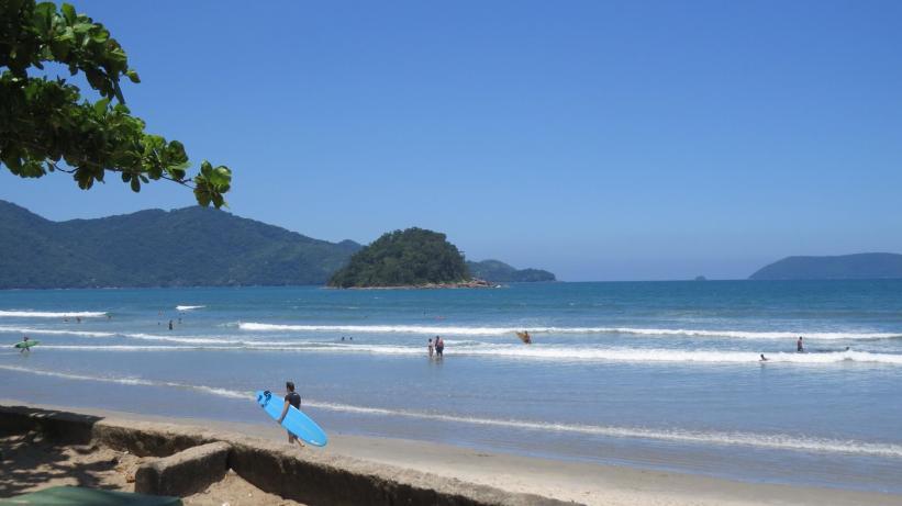 Ilha do Pontal - Praia do Sapê