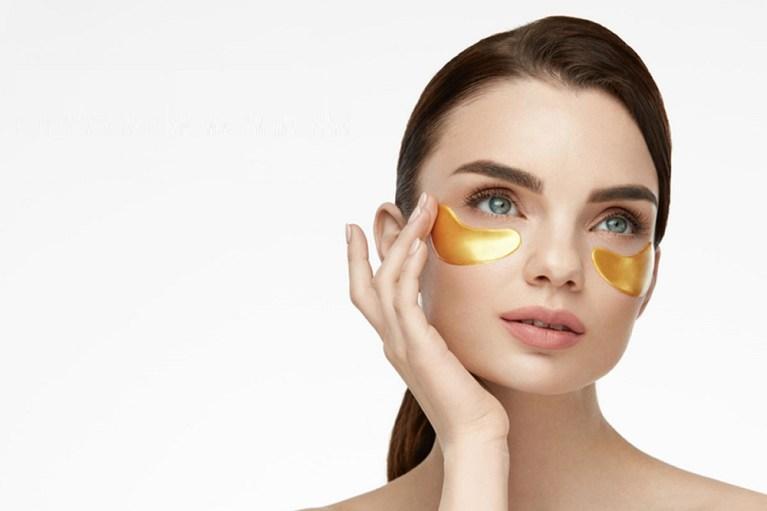 reducir las ojeras y las bolsas en los ojos
