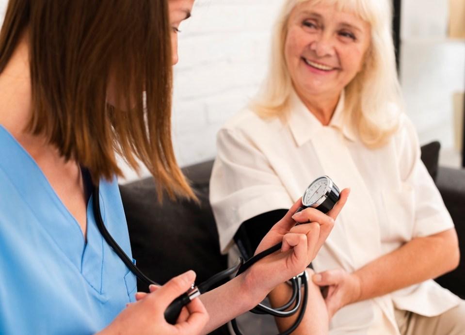 Controlar o reducir la presión arterial con una buena alimentación