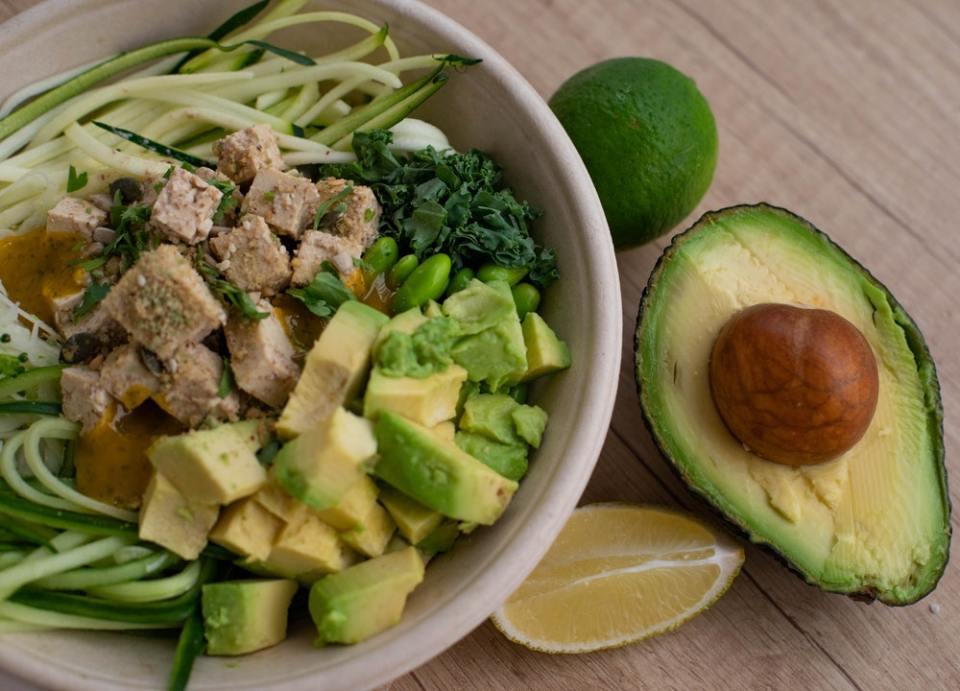 No olvides incluir aguacate en tu dieta para perder peso