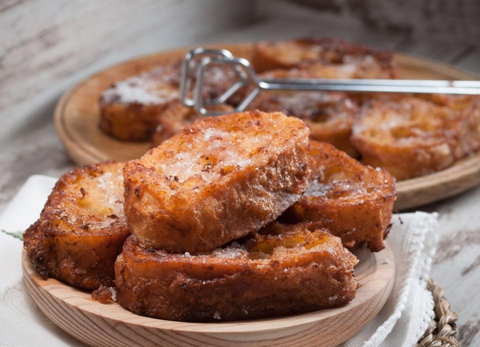 La receta de torrijas caseras es una de las más fáciles de seguir