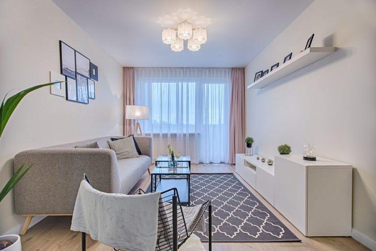 decorar un salón rectangular para aprovechar el espacio