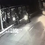 Trataron de asaltar a unos transeúntes pero el karma vino al rescate (VÍDEO)