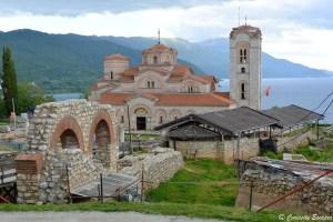 Site archéologique de Plaošnik à Ohrid, avec vue sur le lac