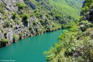 Canyon de Matka vert émeraude, Macédoine