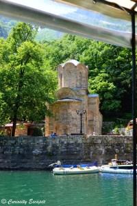 Monastère St Andrews au bord du canyon de Matka, Macédoine
