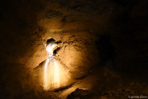 Le voile de la mariée aux grottes de La Balme