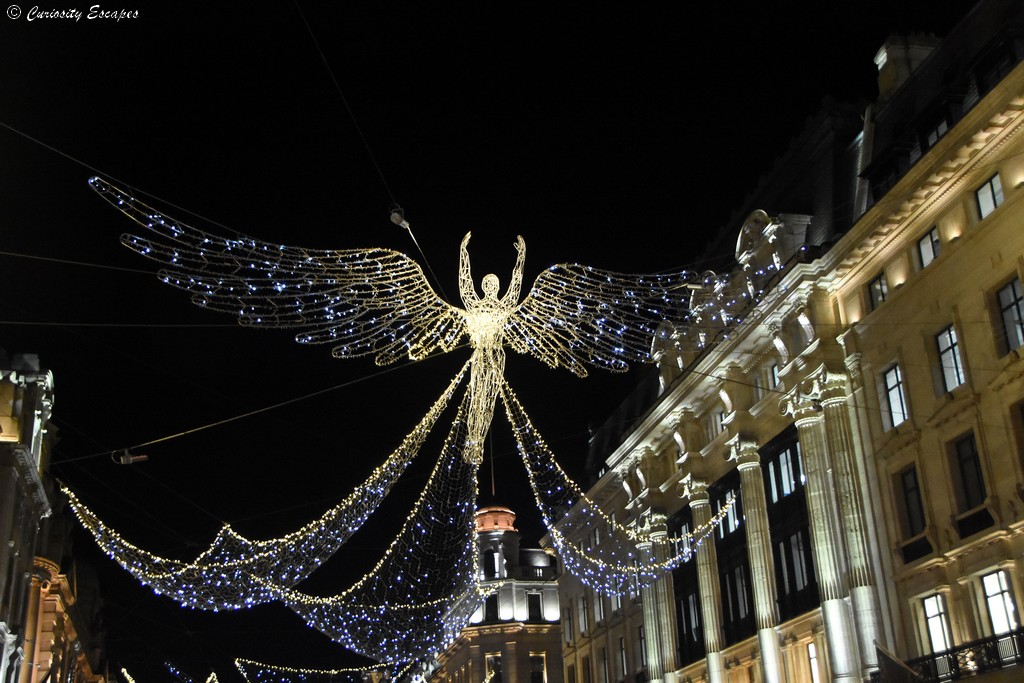Regent street à Londres illuminée pour noël