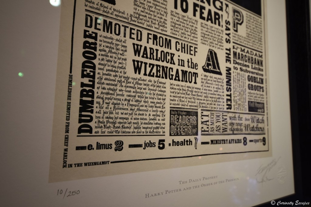 Zoom sur le journal Daily Prophet d'Harry Potter, créé par MinaLima