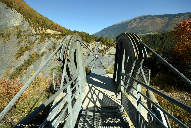 Les cables des passerelles de Monteynard