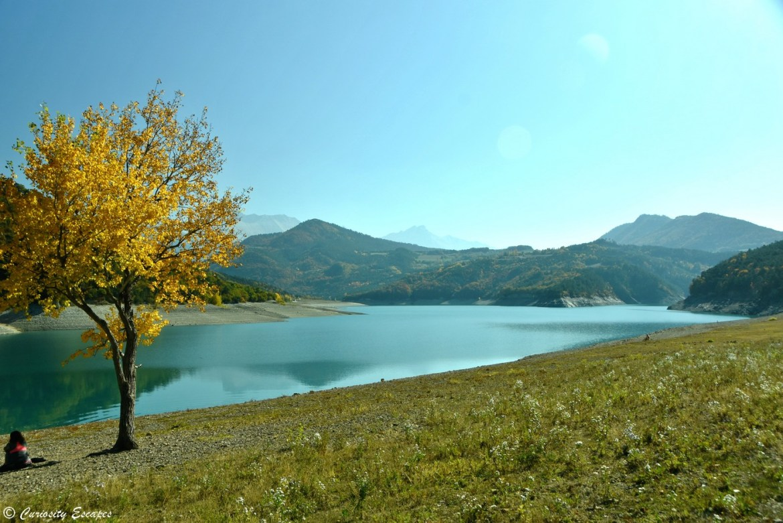 Lac de Monteynard en automne