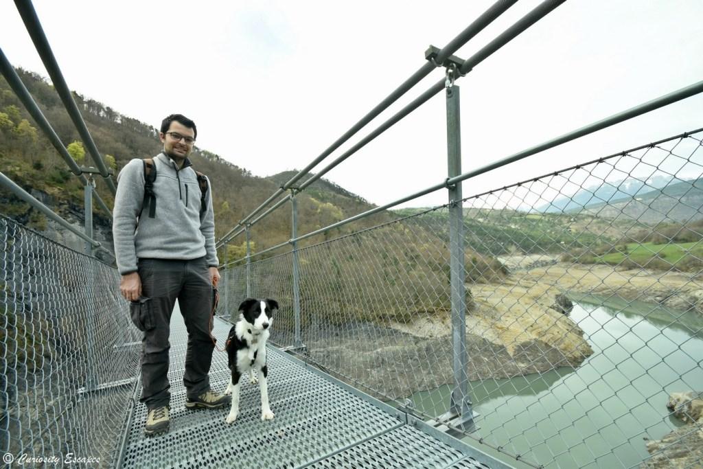 Randonnée des passerelles de Monteynard avec un chien