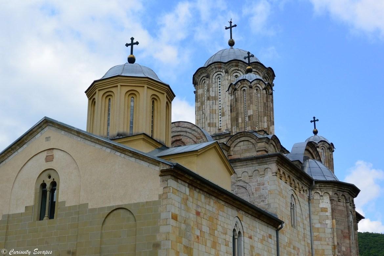 Coupoles du monastère de Manasija