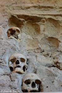 Tour des crânes à Nis en Serbie