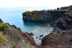 Randonnée littorale sur de la lave aux Açores