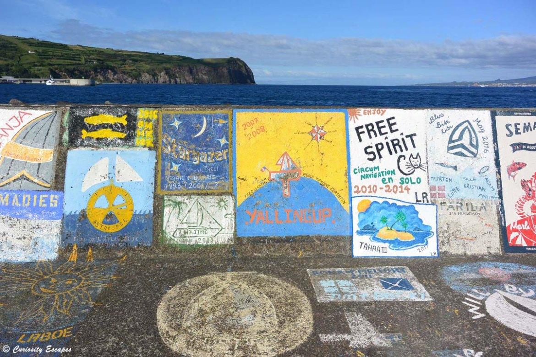 Marina d'Horta colorée, Faial, Açores