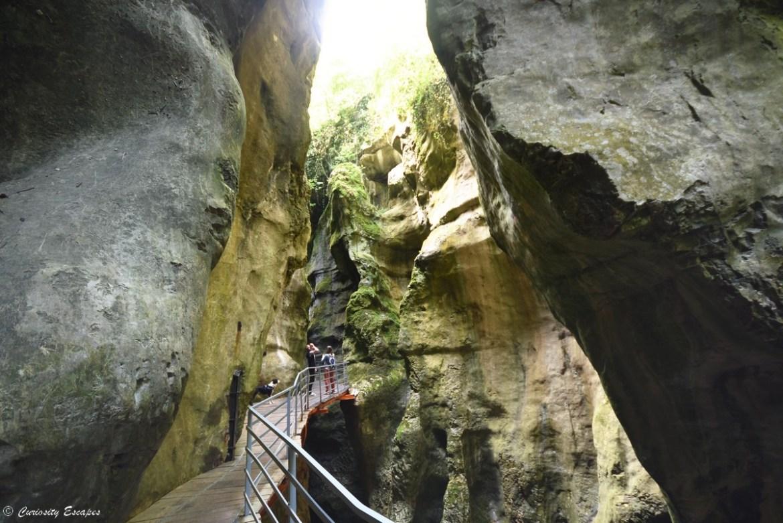 Canyon des gorges du Fier au lac d'Annecy