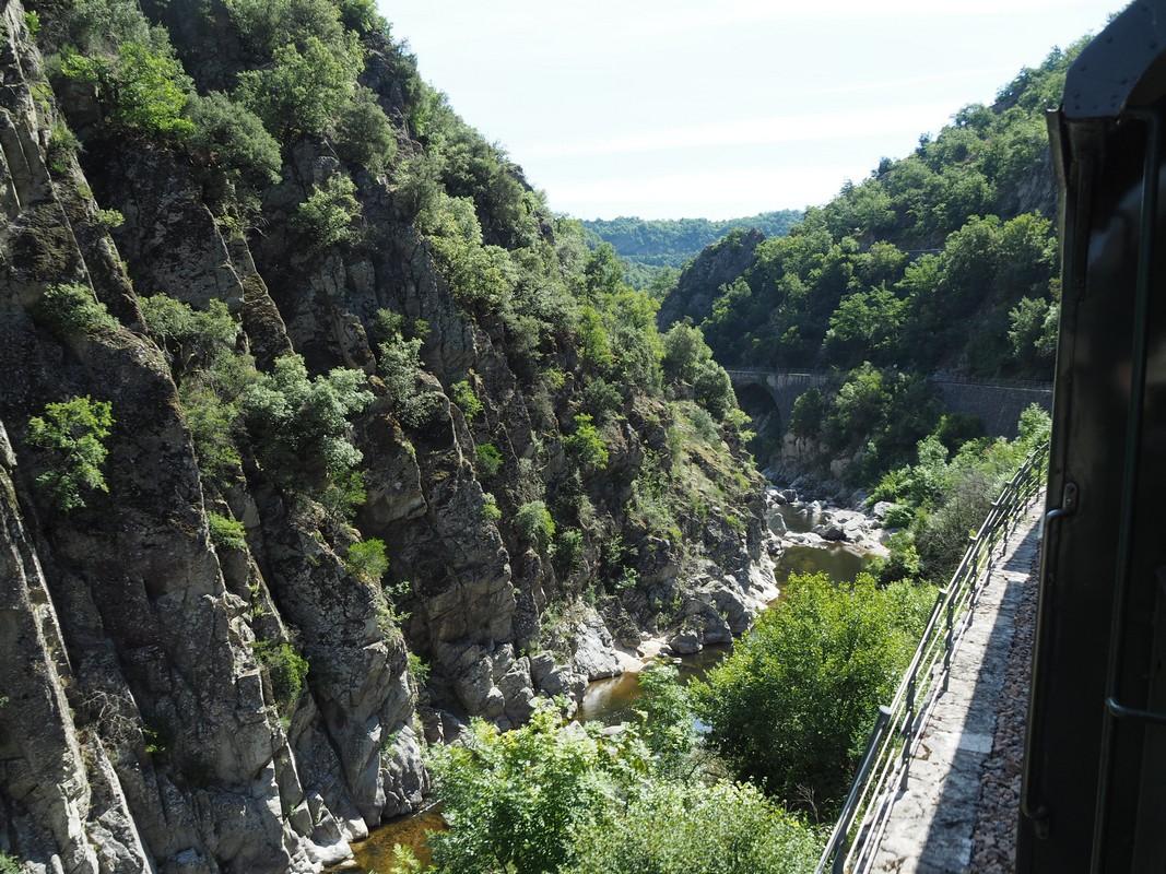 Les falaises du Doux, Ardèche