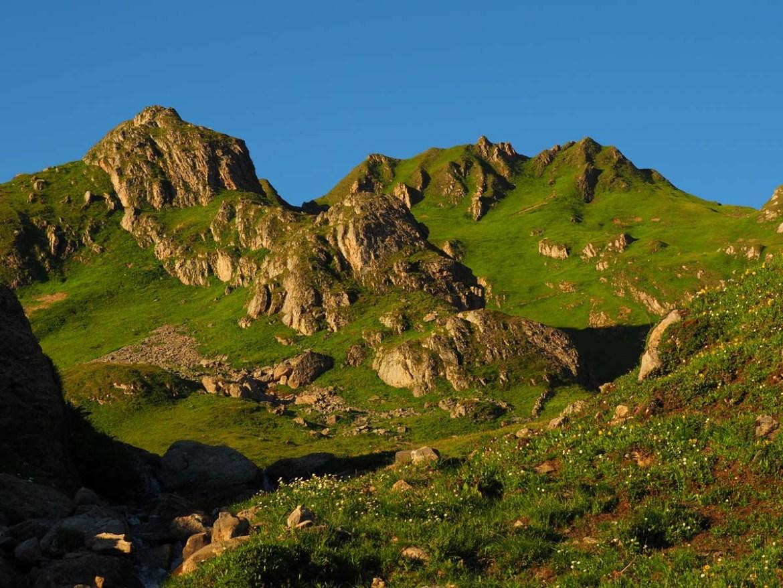 La montagne aux couleurs dorées