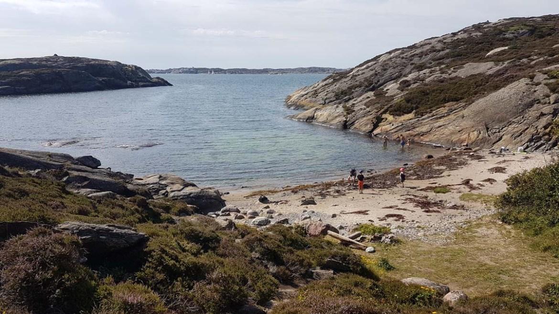 Plage isolée d'Islandsberg en Suède
