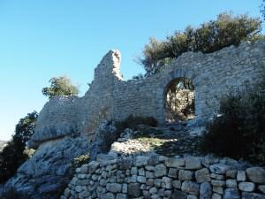 Ruine du fort de Buoux