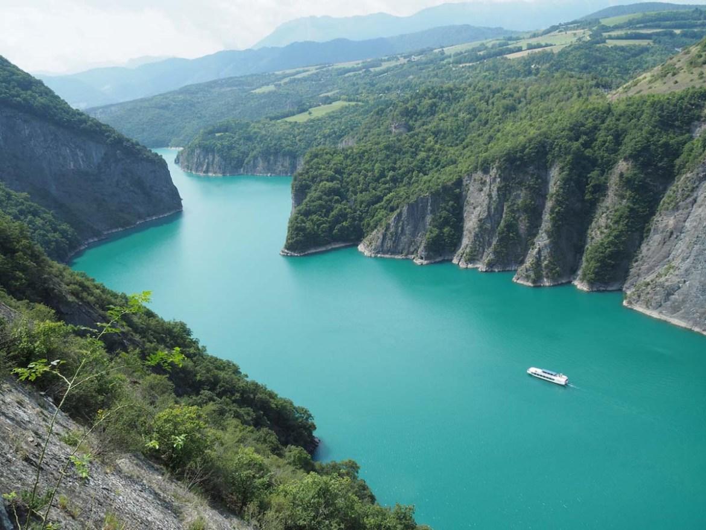 Lac de Monteynard et bateau La Mira