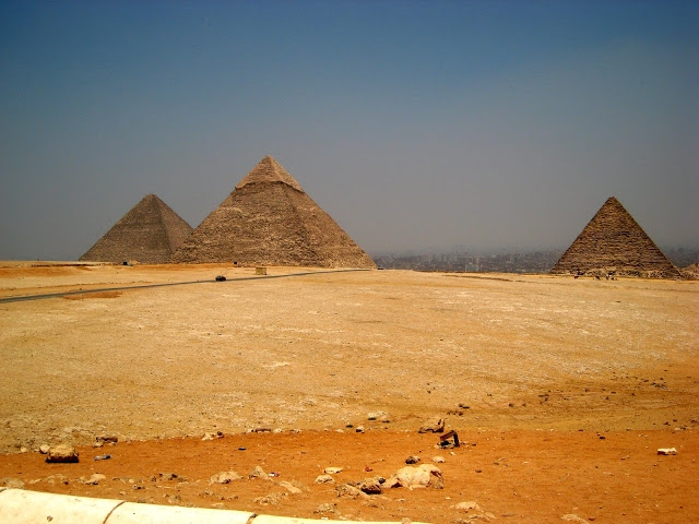 pyramid of giza visit
