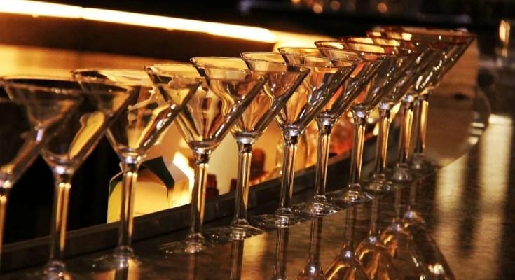 Dirty Martini Cocktail: Metti l'oliva nel tuo Martini