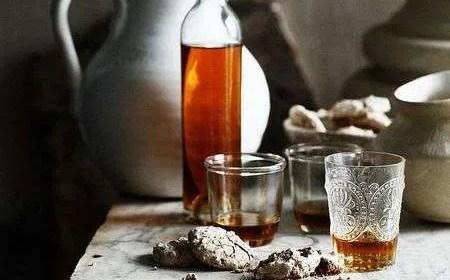 grappa aromatizzata di iperico ricetta