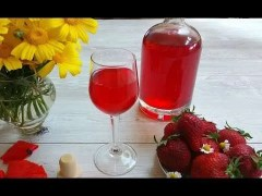 Ricetta liquore fragole di montagna