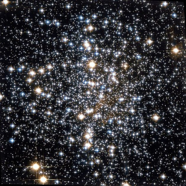 Messier_4_Hubble_WikiSky[1]