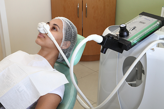 gas-do-riso-gas-hilariante-oxido-nitroso-na-odontologia[1]