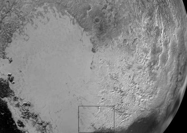 Sputnik Planum se parece com a  Antártica