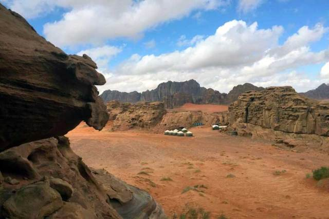Camping in Wadi Rum