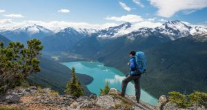 Curiouskeeda - Backpacking - Featured Image