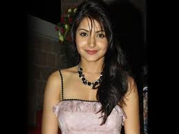 young anushka sharma