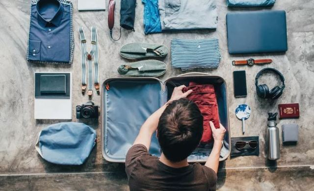 pack wisely travel light