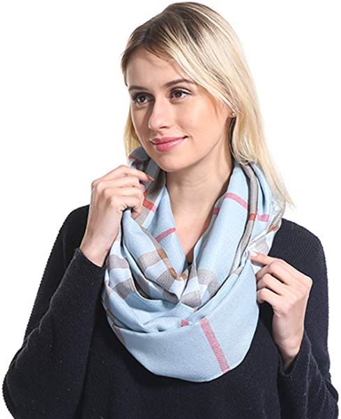Classic Loop scarf style