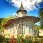 Știai că Mănăstirea Voroneț din Moldova este cunoscută ca fiind partea românească a …